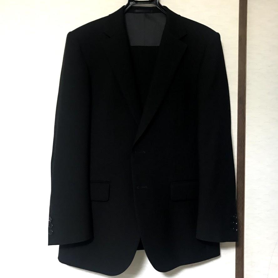 紳士服店員に聞いた礼服、フォーマルを買う時にチェックしたいポイントのアイキャッチ画像
